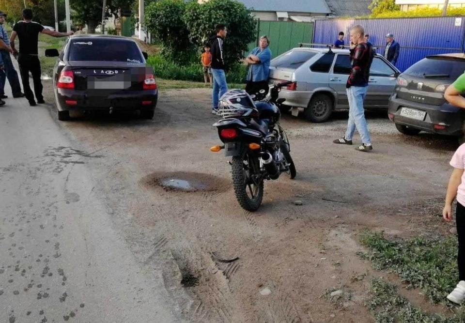 Мотоциклист сбил девочку