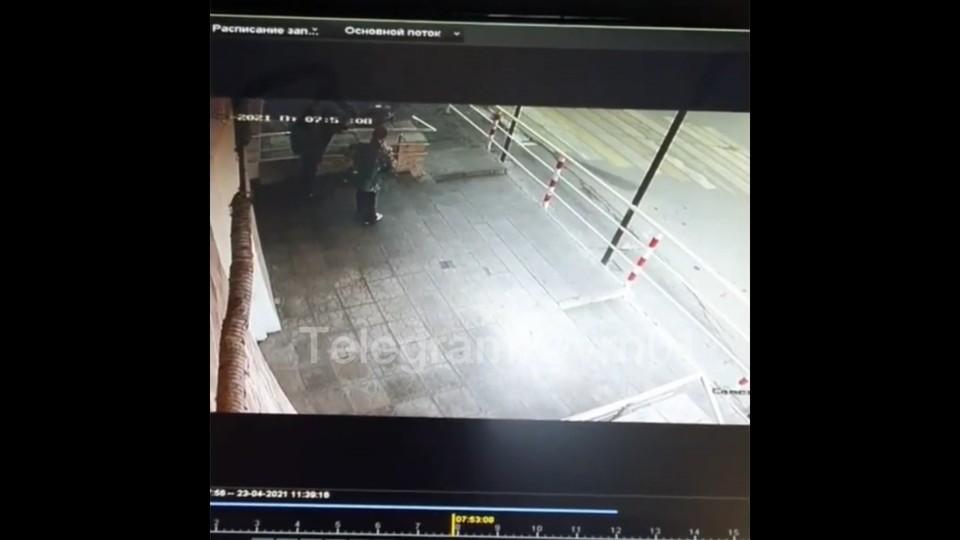 Часть инцидента попала на видео