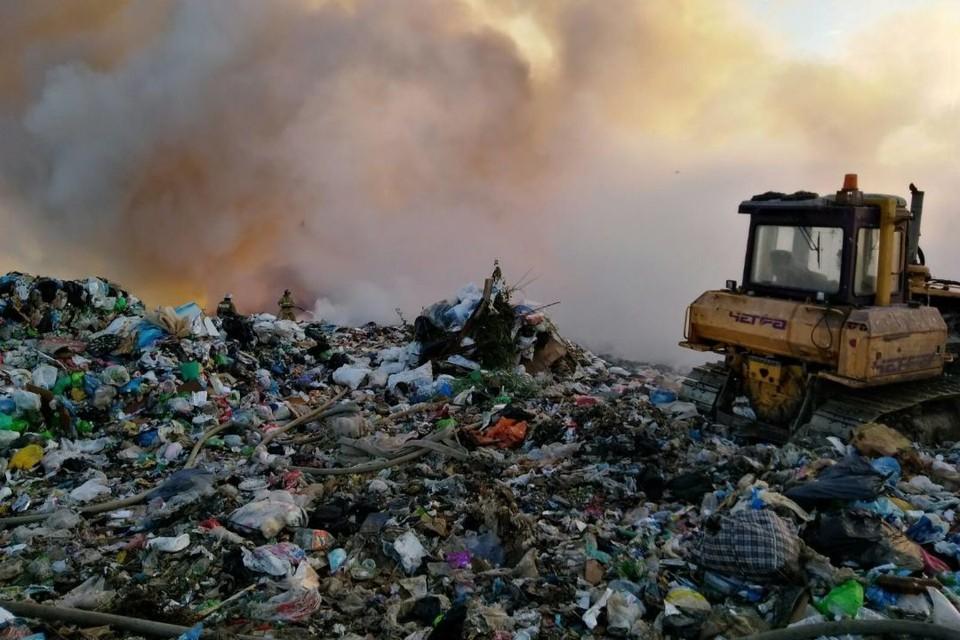 В понедельник, 7 июня, в районе 18 часов произошло возгорание на полигоне в Лубягино. Фото: 43.mchs.gov.ru