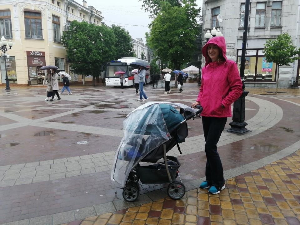 Крымчан дождем не напугаешь.