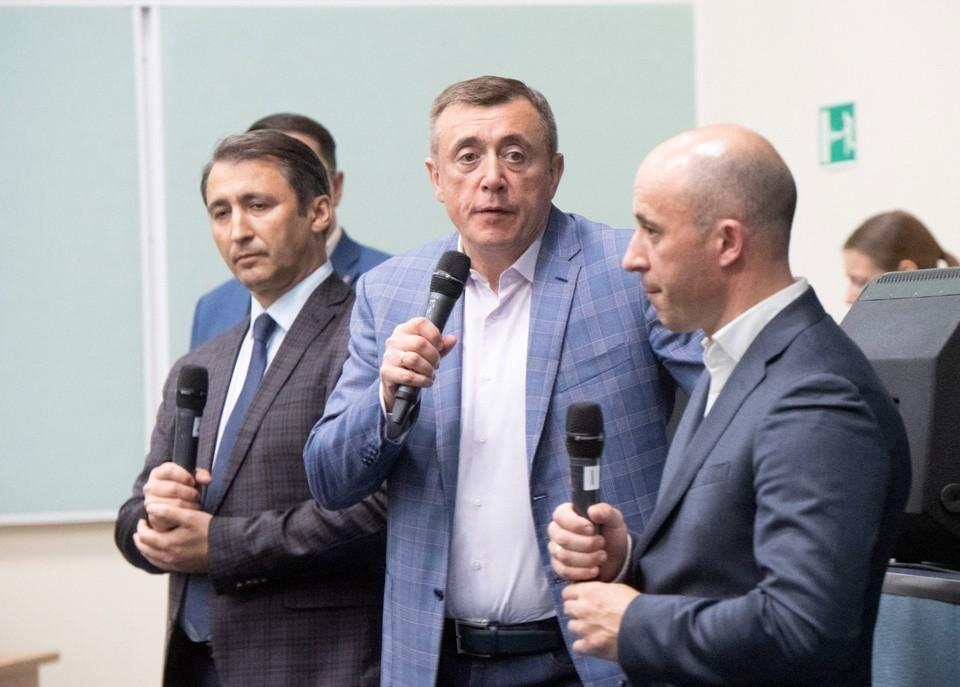 Встреча губернатора с жителями Долинского района