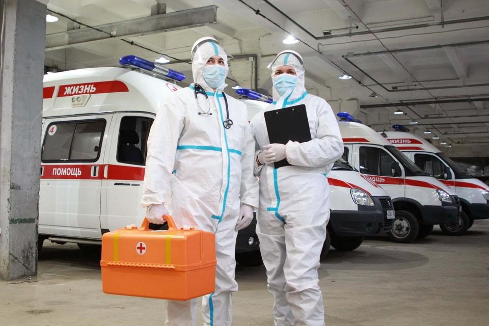 Вакцинация в Крыму идет полным ходом, вакцину применяют отечественную.