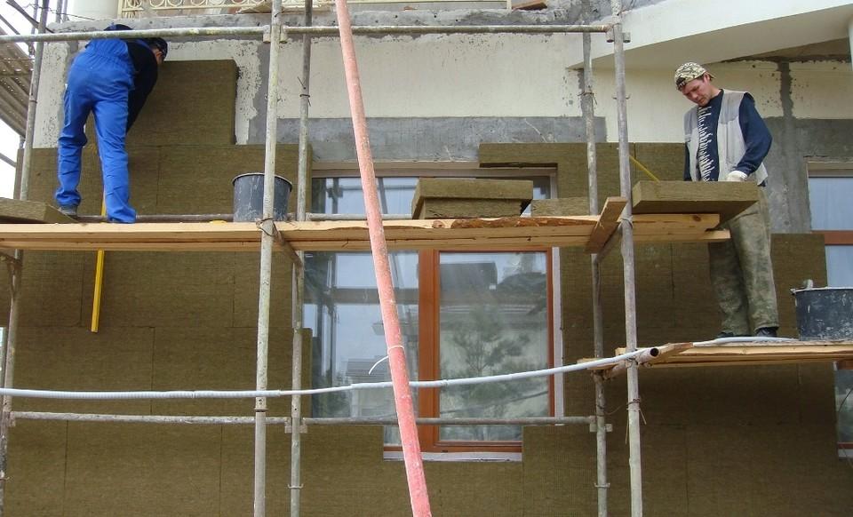 Ремонт домов все чаще основан на использовании современных технологий. Фото: архив «КП»-Севастополь»