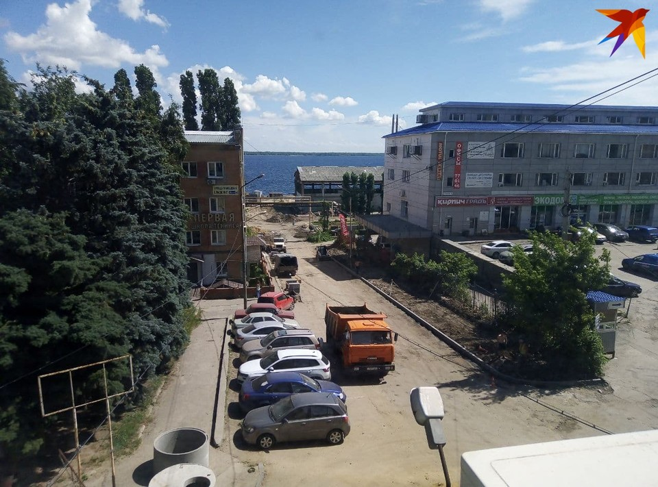 На Новой Набережной продолжается строительство пляжа