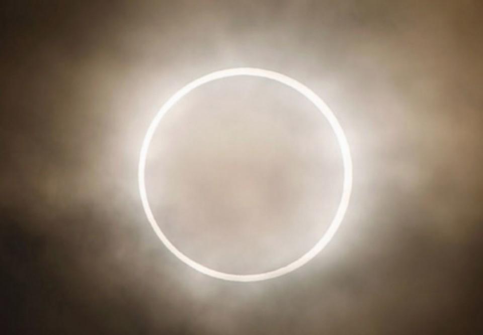 Кольцеобразные солнечные затмения будут повторяться с интервалом в 9 лет. Фото - Московский планетарий