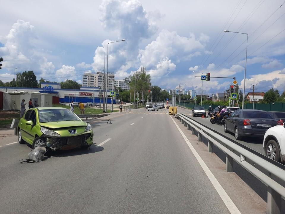 В Самаре столкнулись три авто