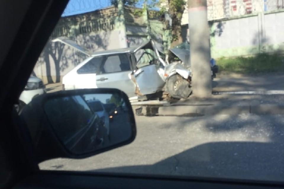 Сейчас выясняется, где дети взяли автомобиль и спиртное. Фото с места аварии: группа ВК «ЧП и ДТП | Чрезвычайное происшествие | ПЕРМЬ».