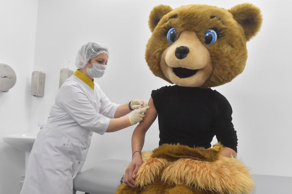 Вакцинация в России идет с начала года.