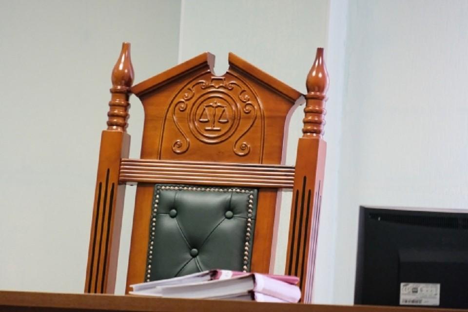 Под Новосибирском будут судить бригадира, виновного в смерти мужчины в детском саду.