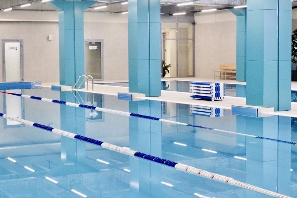 Жителям Кемерова показали новый бассейн с видом на Томь. Фото: Instagram/ledoviy_dvorec_kuzbass.
