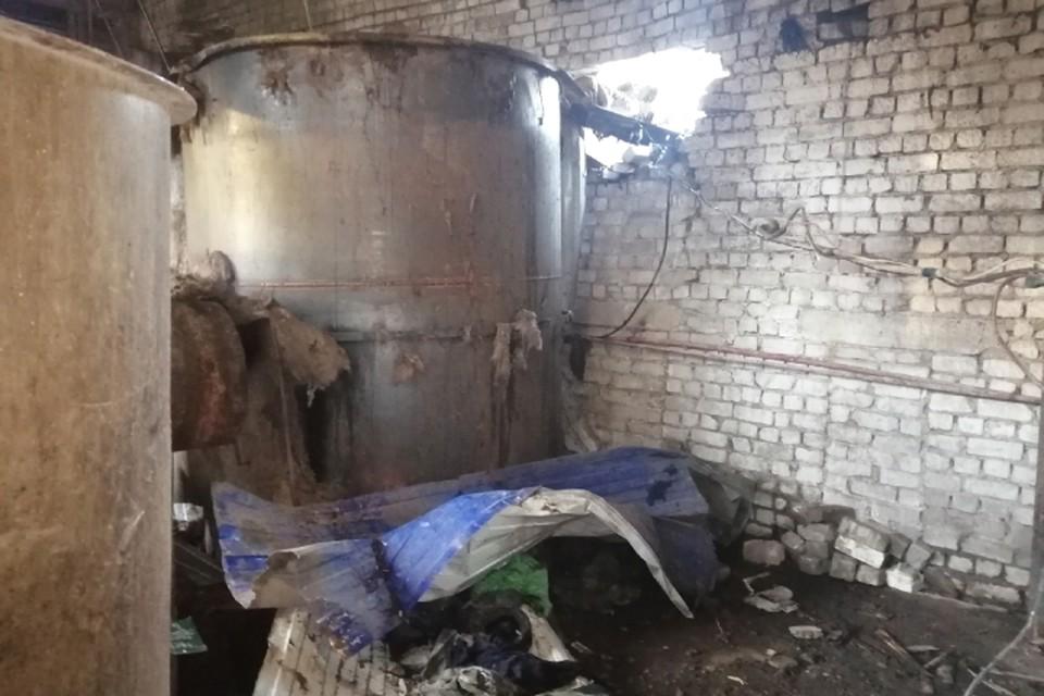 В результате взрыва котла сильно пострадал один из рабочих, и впоследствии скончался в больнице. Фото: СУ СКР по Кировской области