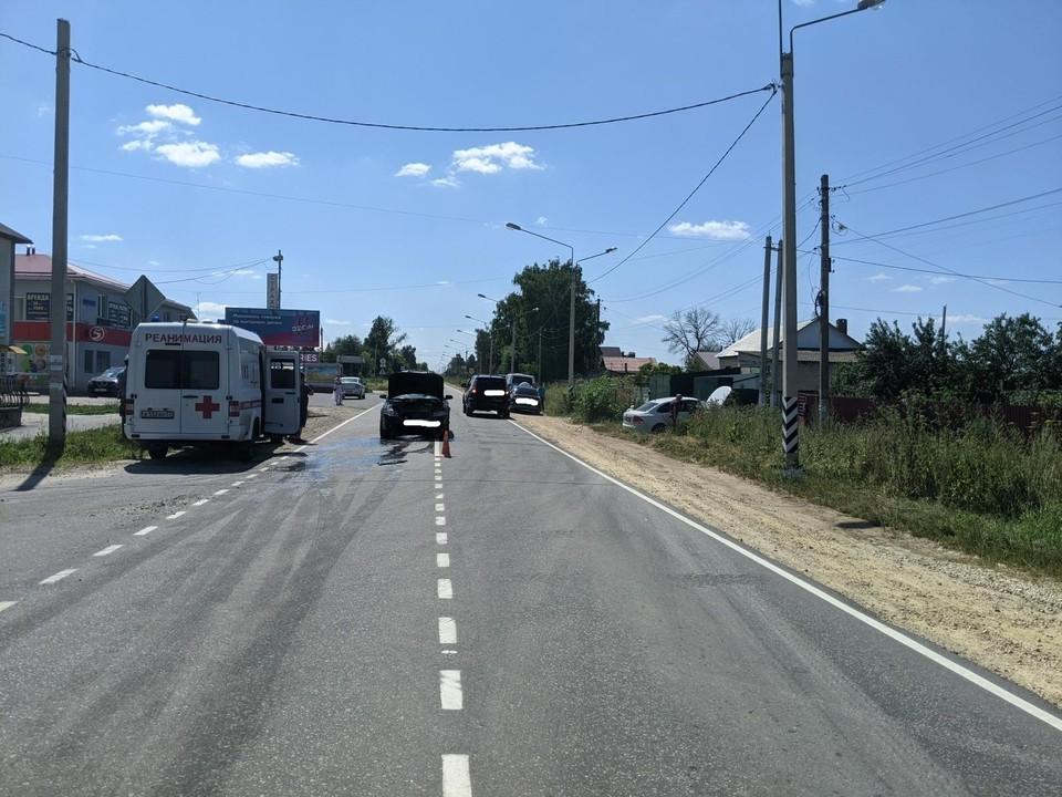 """Водитель """"Фольксвагена"""" травмировалась в ДТП"""
