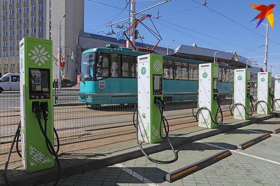 Также в проработке – находится проект по установке зарядных станций и для электробусов.