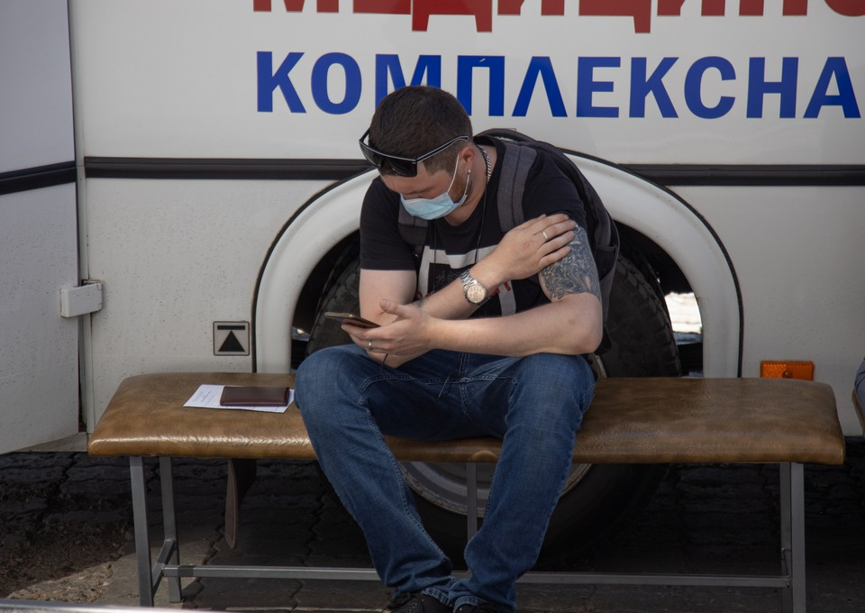 В Южно-Сахалинске в эти субботу и воскресенье пройти вакцинацию можно без предварительной записи