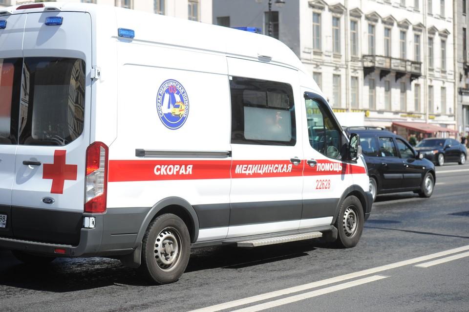 Более полумиллиона человек заразились коронавирусом в Петербурге.