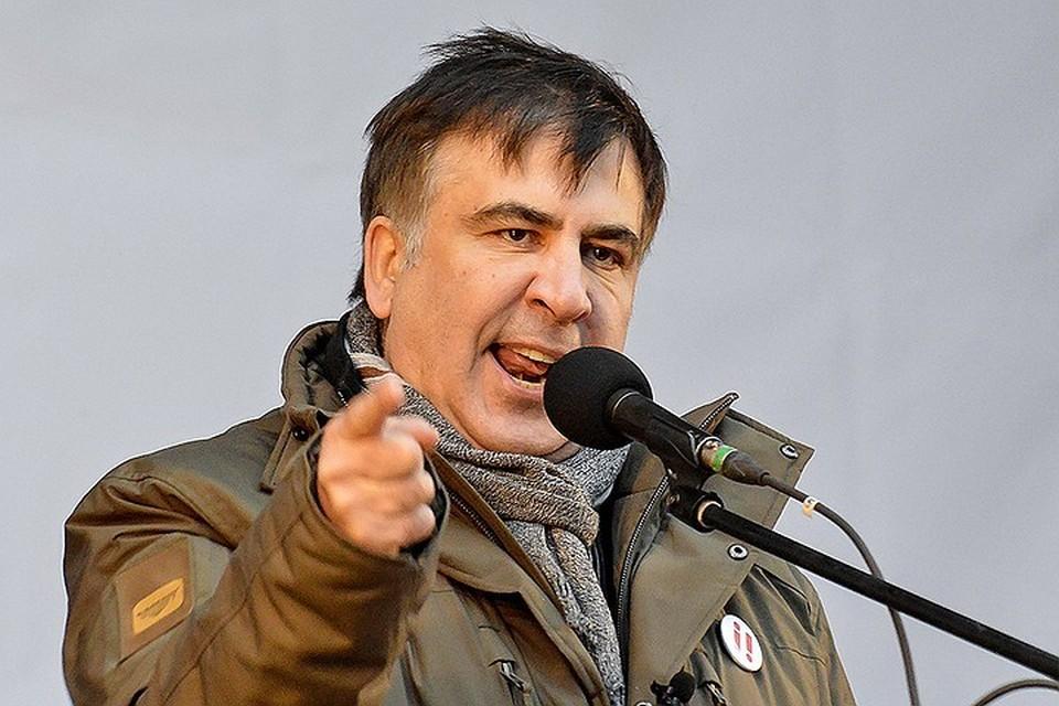 Окрыленный тайным знанием и возможностью реванша за 2008 год Саакашвили начал названивать президенту Украины