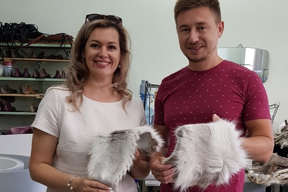 Тюменские предприниматели взялись за пошив зимней обуви из меха нерпы и шкуры оленя
