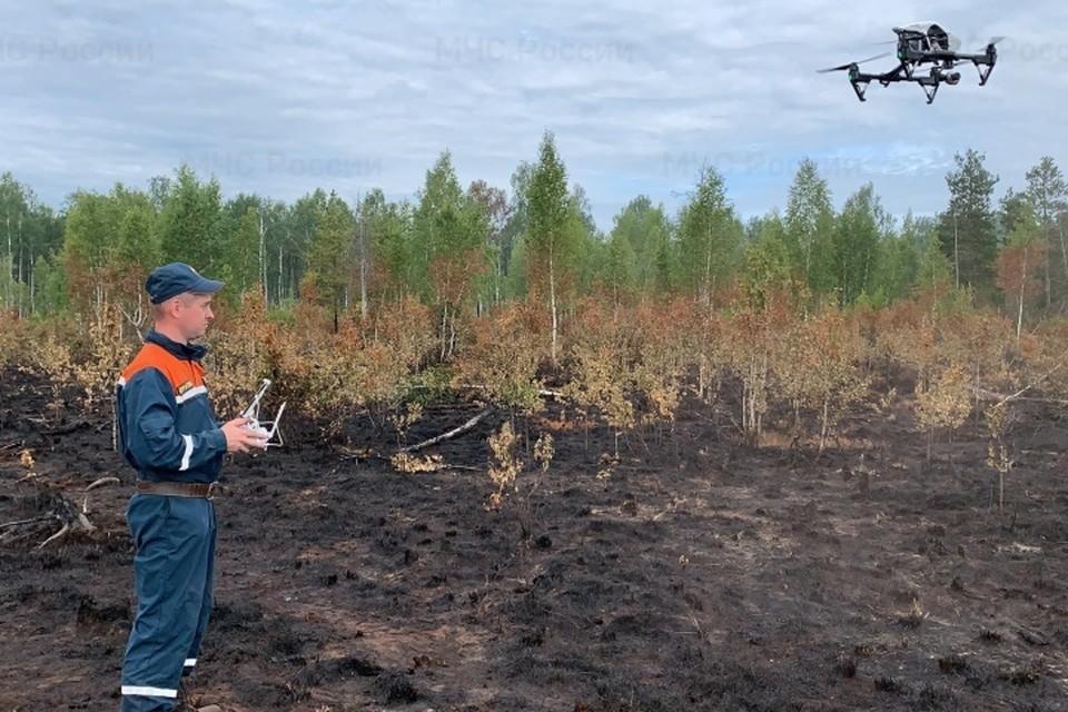 За развитием ситуации следят при помощи квадрокоптеров. Фото: ГУ МЧС по Пермскому краю.