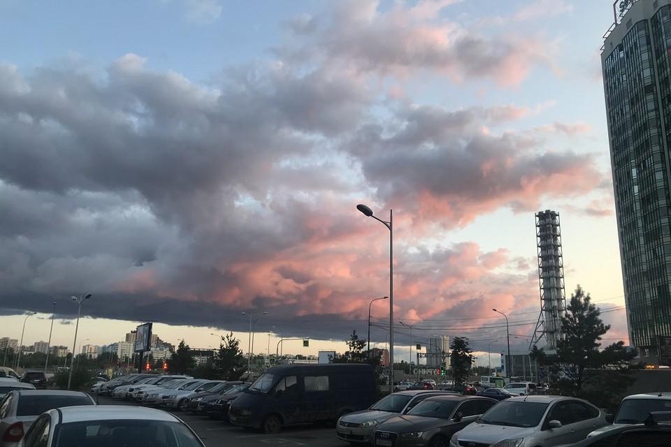 Низкое небо над Мурино.