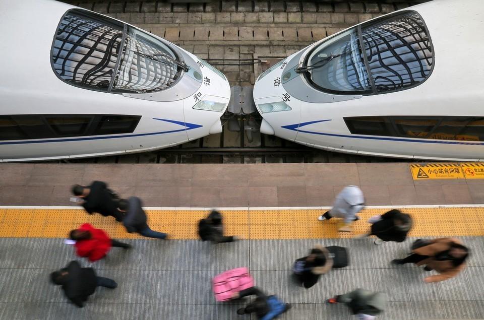 Китай создал первый в мире поезд на магнитной подушке