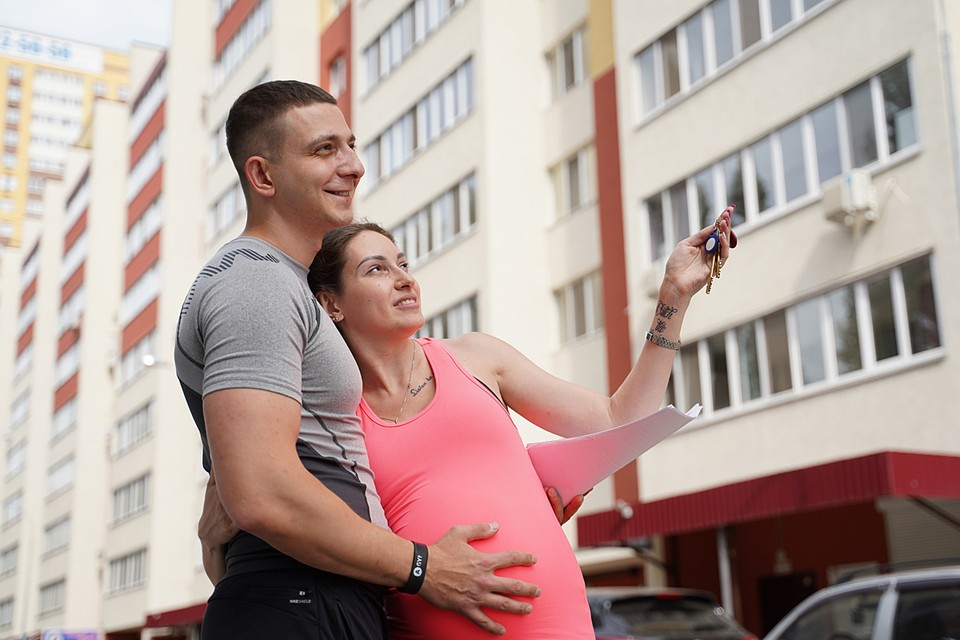 Драйвером рекордного роста объемов и количества ипотечных договоров в Москве стала программа льготного ипотечного кредитования