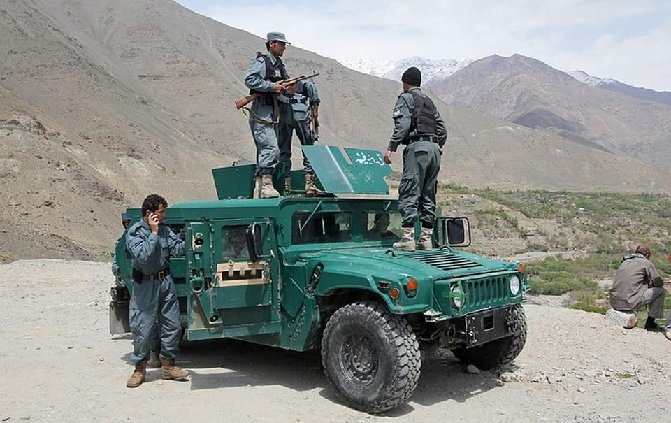 Песков: Россия вместе с партнерами следит за ситуацией в Афганистане