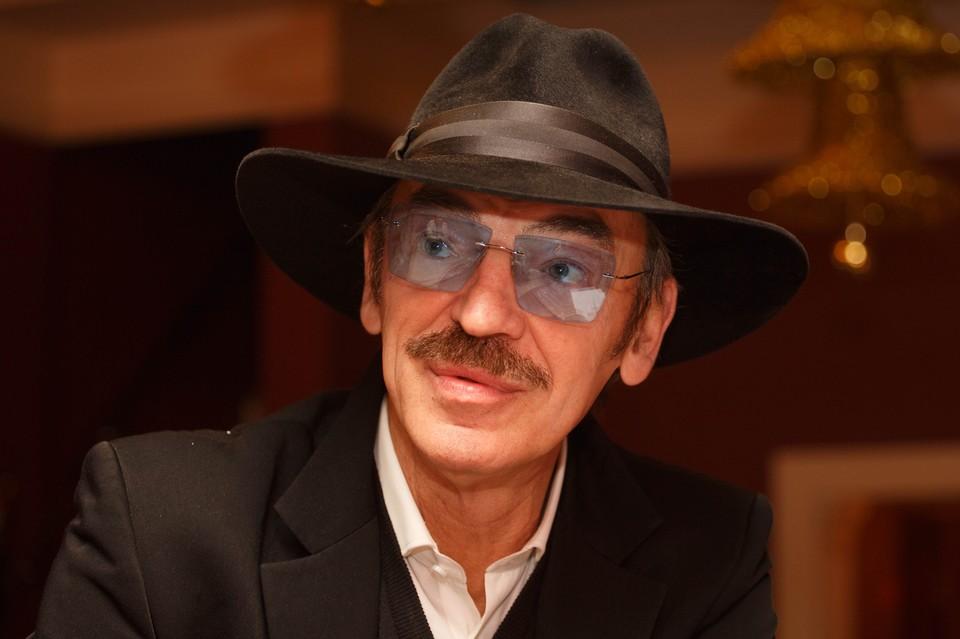 Знаменитый актер Михаил Боярский находится в инфекционной больнице имени Боткина.