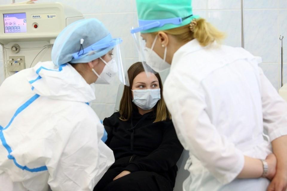 Коронавирус не сдается - посмотрите на статистику пандемии в мире и в Беларуси.