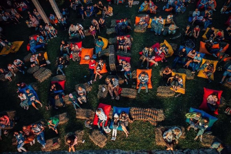 В Ярославской области фестиваль уличного кино пройдут с 24 июля по 15 сентября. ФОТО: wsffest.com