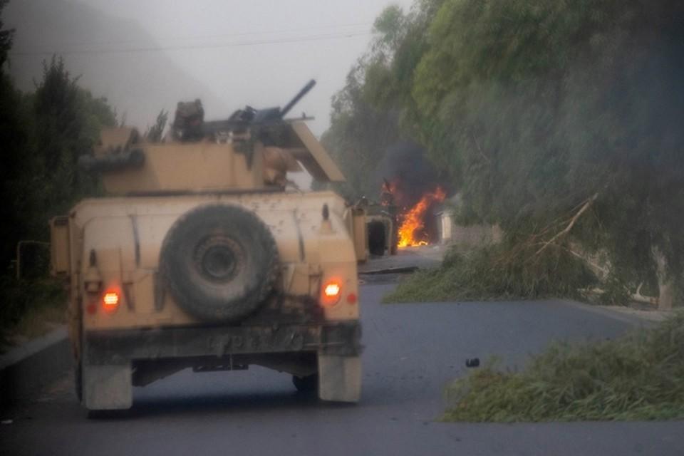 Боевики контролируют все подъезды к Кабулу
