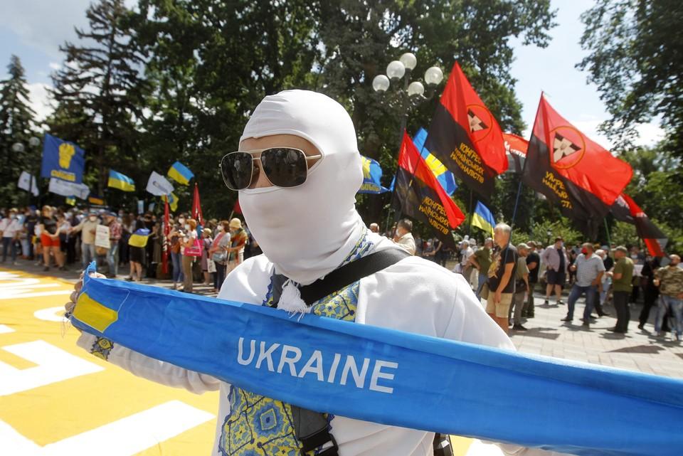 У украинских националистов непомерные амбиции.
