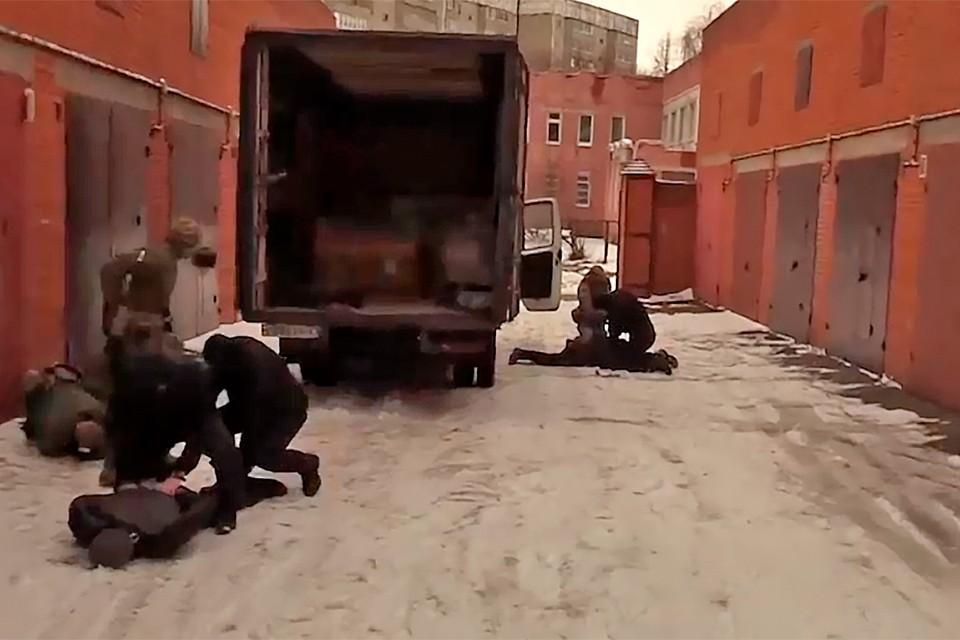 Шпиона задержали при попытке купить и вывезти секретное оборудование.