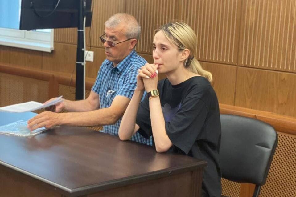 Башкирова вновь разревелась на заседании, но слезы не помогли смягчить меру пресечения