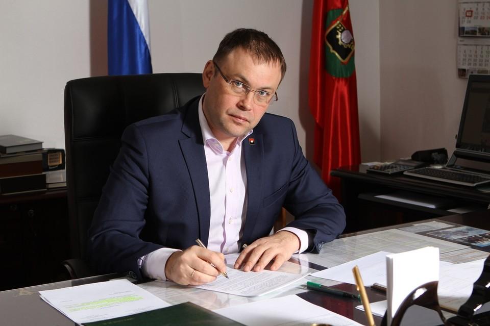Глава Кемерова поделился архивной школьной фотографией. /ilyaseredyuk.