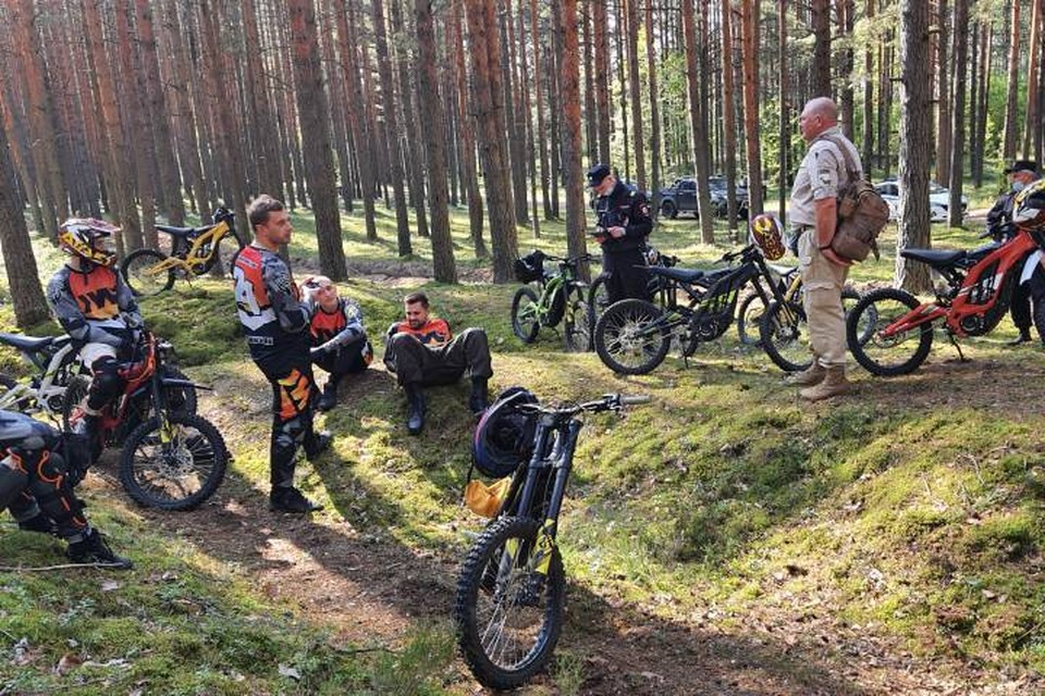 """Мотоциклистов задержали в заповеднике """"Сестрорецкие болота"""" / Фото: Комитет по природопользованию"""