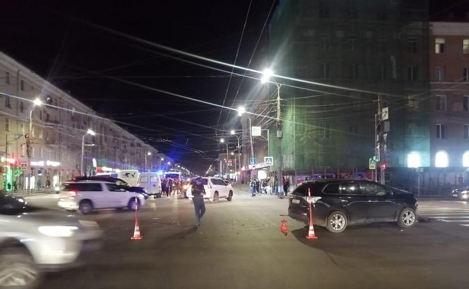 Инцидент произошел на Ленинградской площади в Омске. Фото: УМВД России по Омской области