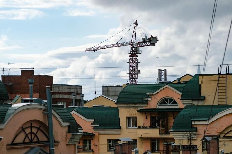 121 жилой дом построен в Петербурге за август.