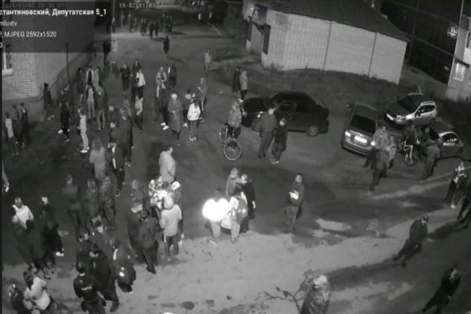 Видеокамеры засняли момент пожара. Фото: со страницы в Фейсбуке Дмитрия Юнусова