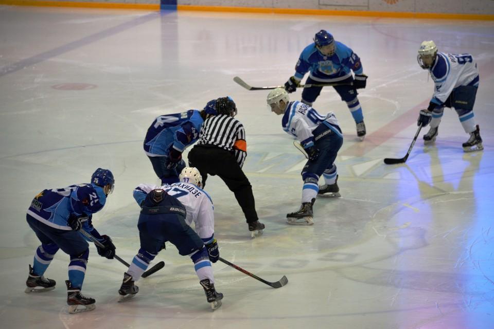 Первый выезд наши хоккеисты проведут по маршруту Мурманск – Кондопога. Фото mhkbel.beluo31.ru.