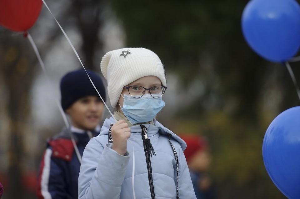 В Екатеринбурге за неделю зарегистрировано 11 773 случаев заболевания ОРВИ