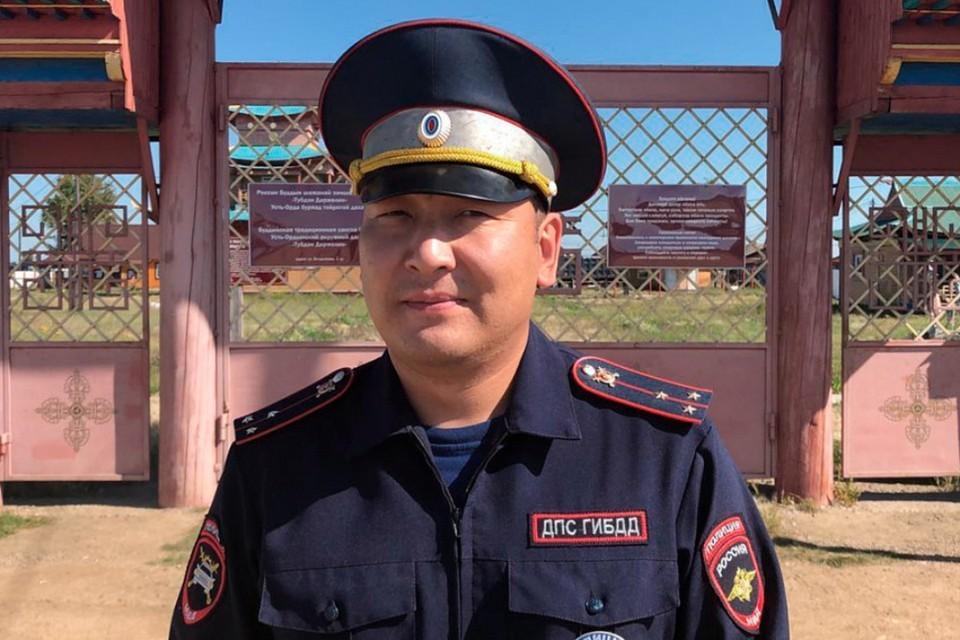 Полиция Иркутска прокомментировала якобы фейковую новость о спасении инспектором ДПС семьи на пожаре