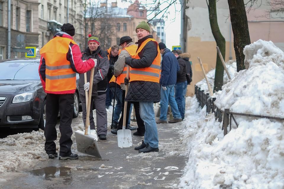 Петербург должен быть подготовлен к зиме не позднее 30 сентября.