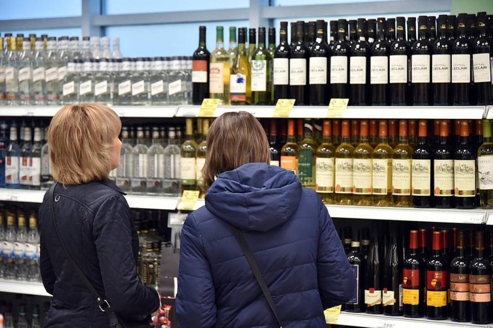 Жители Иркутской области стали реже пить крепкий алкоголь.