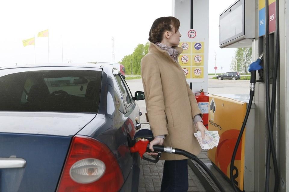 Статистики заявили о подорожании бензина в Новосибирске.