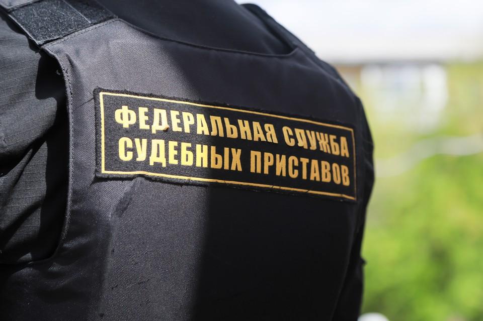 В Зеленогорске приставы заставили заплатить 500 тысяч рублей за ремонт иномарки