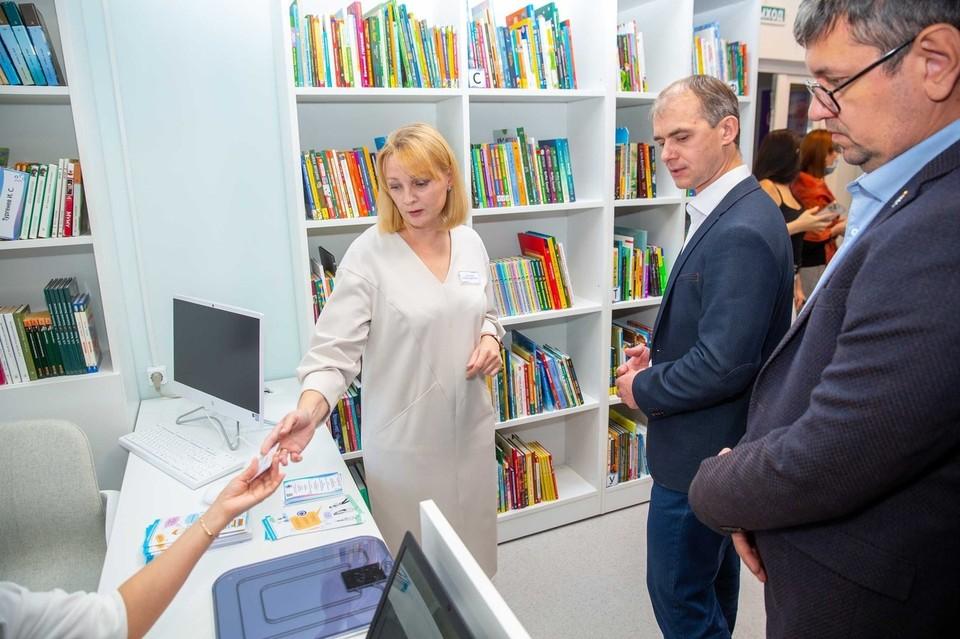 В Салехарде модельная библиотека «Точка» приняла первых посетителей. Фото - Централизованная библиотечная система г.Салехард.