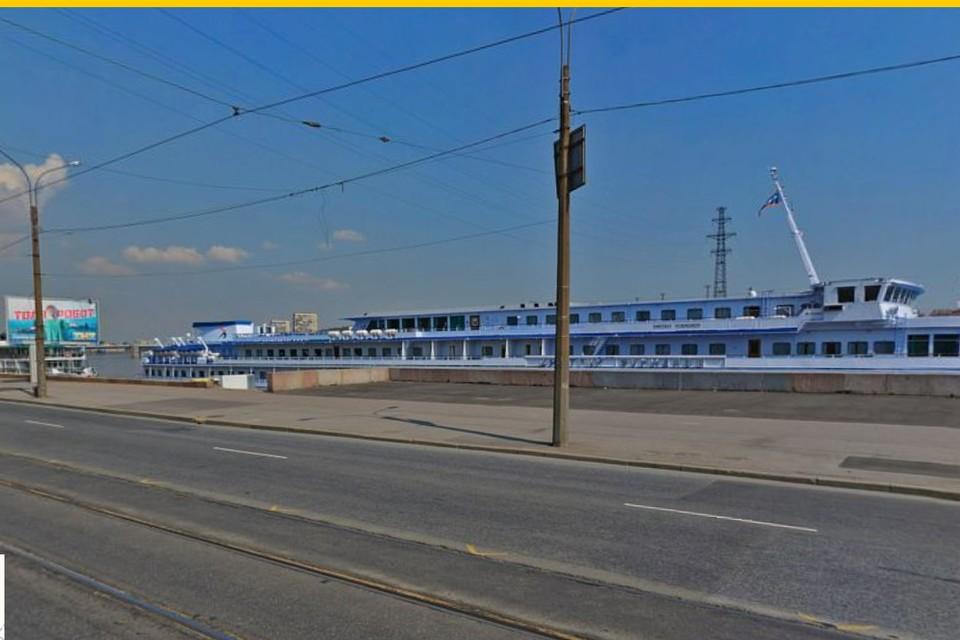 Инцидент произошел на речном вокзале в Петербурге. Фото: Яндекс.Карты