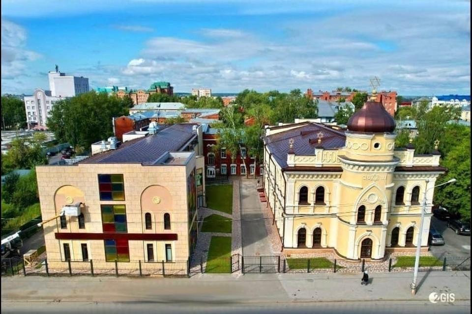 На торжественное открытие центра в город приехал Берл Лазар – главный раввин Федерации еврейских общин России. Фото: 2ГИС