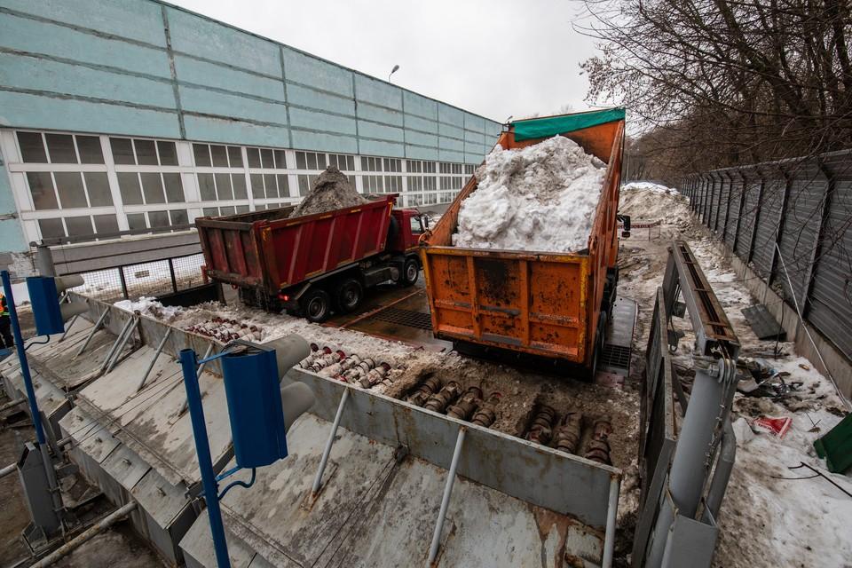 С 15 октября по 31 декабря текущего года подрядчик должен принять и утилизировать 62 550 тонн снега