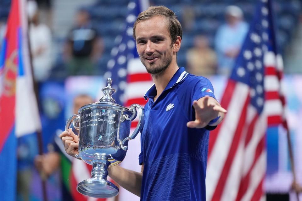 Российский теннисист Даниил Медведев рассказал о желании стать первой ракеткой мира в 2022 году